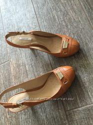 Удобные босоножки туфли 37 размер