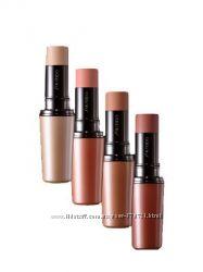 Кремовые румяна стик Shiseido The Makeup Accentuating Color Stick