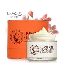 Знаменитый омолаживающий крем для лица bioaqua horse oil