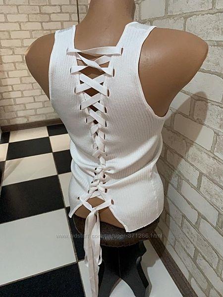 Новая Крутейшая белоснежная маечка Сзади спинка на шнуровке Бренд Zara Knit