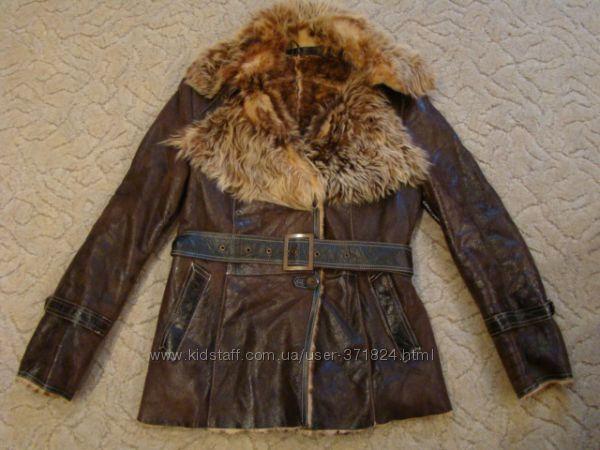 Продам шикарную натуральную куртку дубленку р. М в отличном состоянии