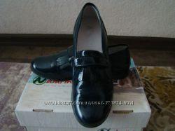 Продам шикарные туфли лоферы NATURINO р. 34 стелька 22 см в новом состоянии