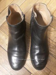 Кожаные ботинки Zara р. 38