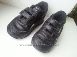 Фирменные кроссовки, стелька 13, 5 см