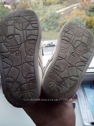 Отдам сандалии bartek 24р.