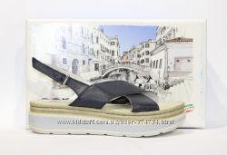 Шикарні шкіряні босоніжки Aeros, Італія-Оригінал