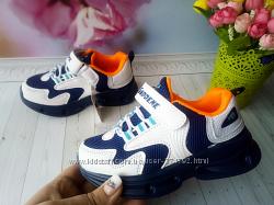 Кроссовки на мальчика размер 26-31 фирма violeta белые с синим