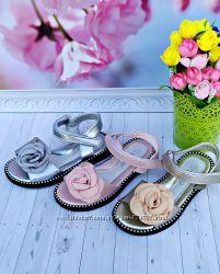 Босоножки золотые, розовые и серебро с розой р-р 27-16 см