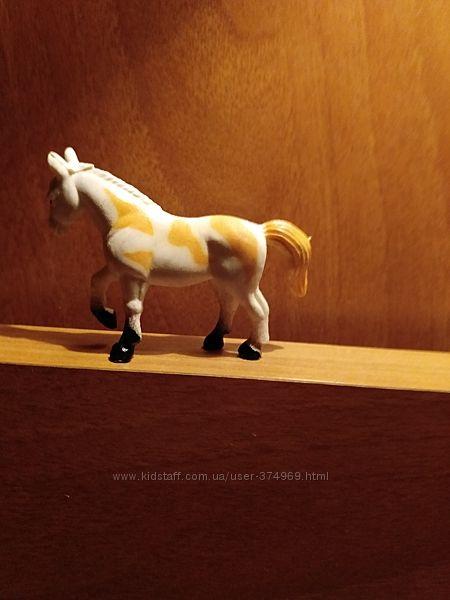 Лошадка из Африки игрушка