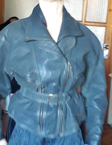Куртка кожаная, косуха. Качественная куртка из натуральной кожи. Все молнии