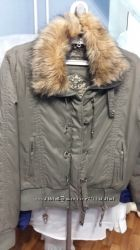 продам женскую куртку демисезонную Madoc размер М