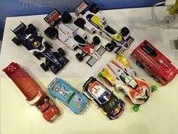 Много разных машинок