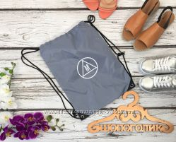 Фирменная сумка-мешок с брендовым логотипом Missguided