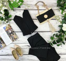 Трендовая корсет в костюмной стиле с эффектным вырезом и шнуровкой  BD18351