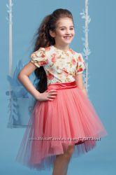 Нарядные платья-комплекты рост 122-152см в наличии