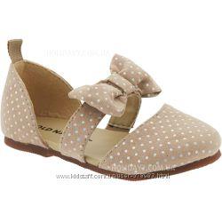 Нарядные туфельки для девочки от OLD NAVY США размер 25