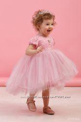 Нарядные кружевные платья для девочек 116-128см в наличии