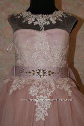Платье пышное, нарядное на выпускной на 5-7 лет