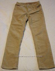 Вельветовые джинсы на 122-128 см состояние новых