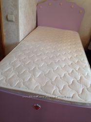 Акция Продаю  новую кровать для девочки фирма Chilek  Турция .