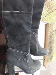 Сапоги черные  QUEEN 38-39 размер