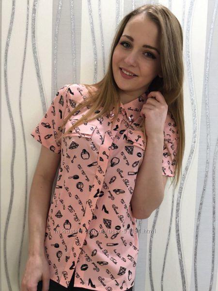 Блуза с принтом помады 50 р-р