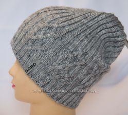Модные теплые шапки разные цвета