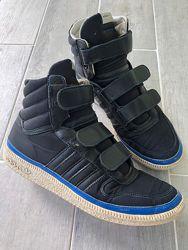 Ботинки , высокие кроссовки adidas р. 40 стелька 26-26,5 см