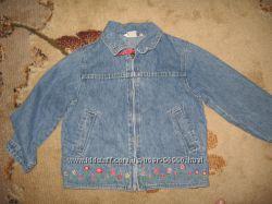 Джинсовый пиджак - курточка с вышивкой на девочку р. 104