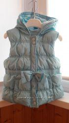 Теплая жилетка на девочку Gymboree р. S 5-6 лет
