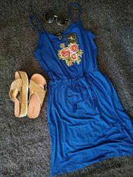 Шикарный сарафан с вышевкой глубокого синего цвета англия