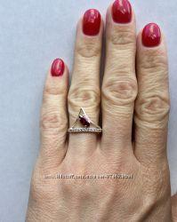 Серебряное кольцо р. 17