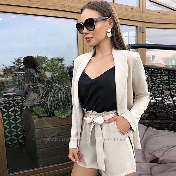 Жіночий літній костюм двійка піджак шорти колір ваніль