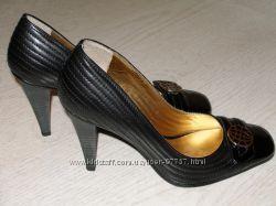 Новые кожаные туфли DUMOND 36 размера