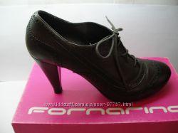 Продам кожаные ботинки Fornarina на 40 размер, оригинал