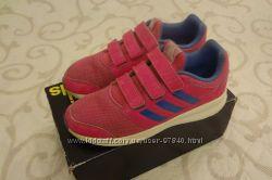 Кроссовки Adidas розовые р. 36 для девочки