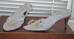 Босоножки р. 37 кожа Италия белые