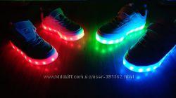 Кроссовки  25-37 со светящейся подошвой LED
