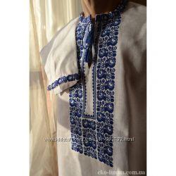 Льняная вышиванка Синие цветы