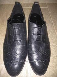 Кожанные туфли NEW LOOK р-р39 ст-ка25. 5см состояние новых
