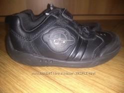 Кожаные светящиеся кроссовки CLARKS JETS р-р 27 ст-ка 17. 5 см