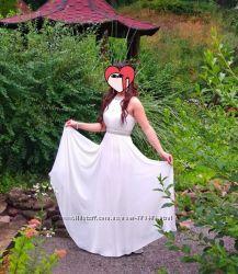 Фирменное шикарное  нарядное платье, S-M