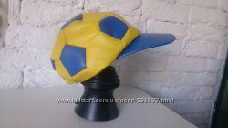 Футбольная кепка