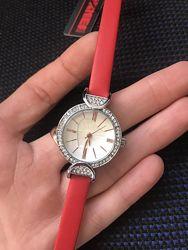 Стильные женские часы Скией Skmei 9146