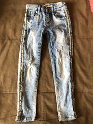 Моднячі джинси