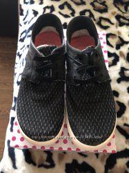 Кроси Adidas