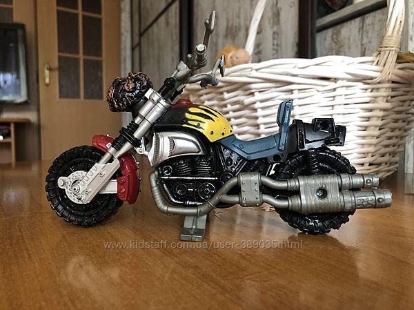 Мотоцикл і машинка, Chap mei