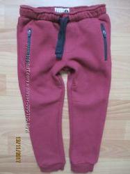 Тёплые спортивные штаны Matalan на 4 года