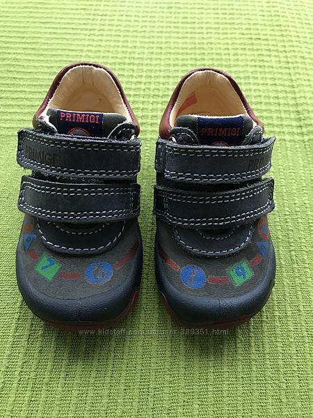 Ботинки кожаные демисезонные Primigi размер 19 13 см в отличном состоянии