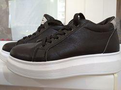 Туфли на платформе р. 38 стелька 24 см.
